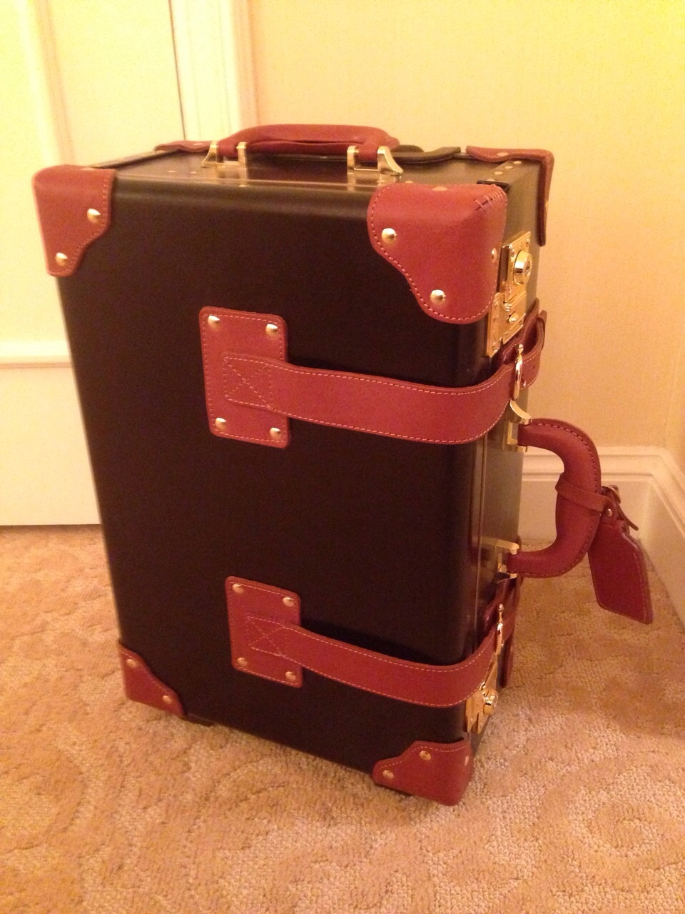 Steamline Luggage – Travel into the Past