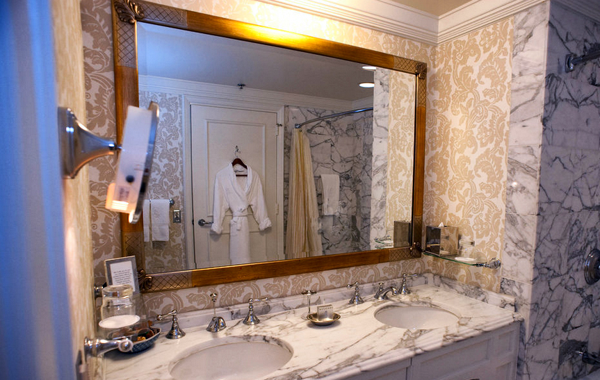 ritz carlton bathroom designs, Chef Rotondo, Neo-Classical landmark, Parallel 37, Ritz Carlton, Ritz Carlton shop, San Francisco, SpaDeVie, Ritz carlton San francisco