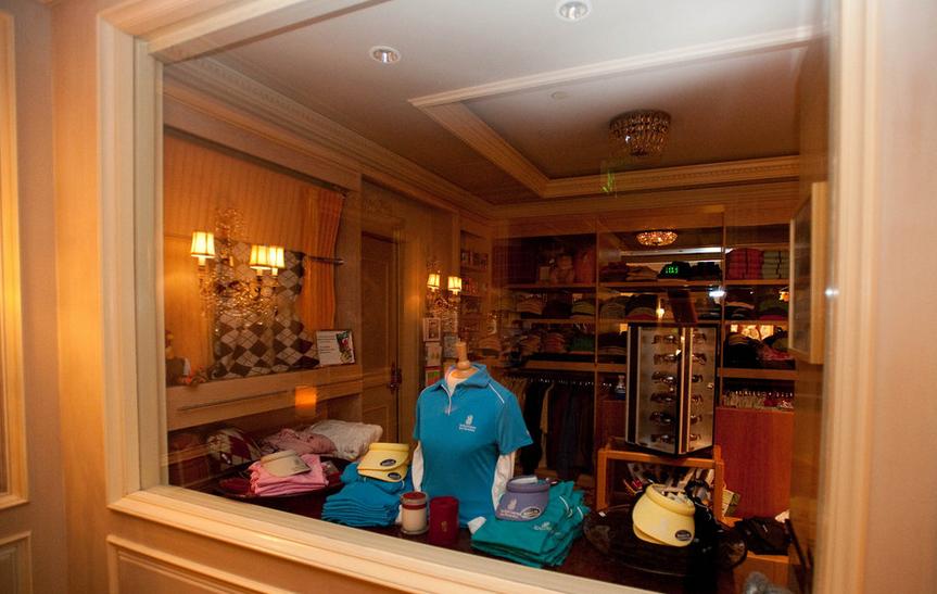 Ritz Carlton shop