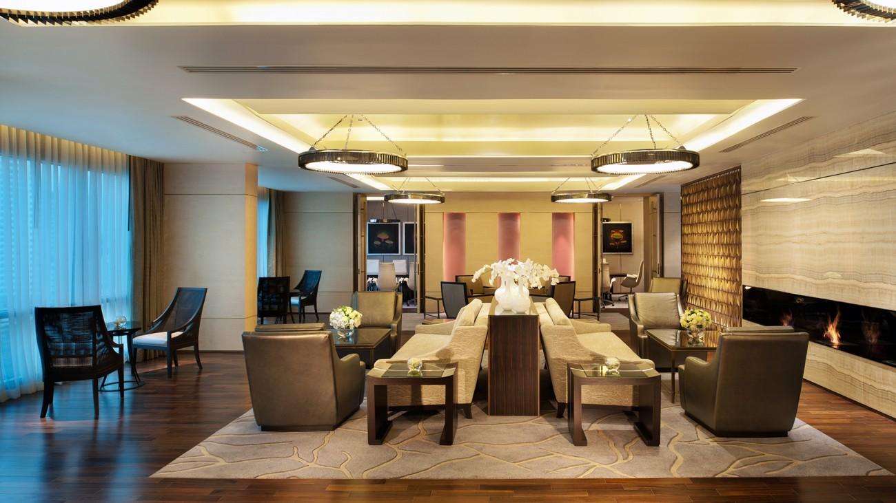 SetWidth1300-Executive-Lounge-Living