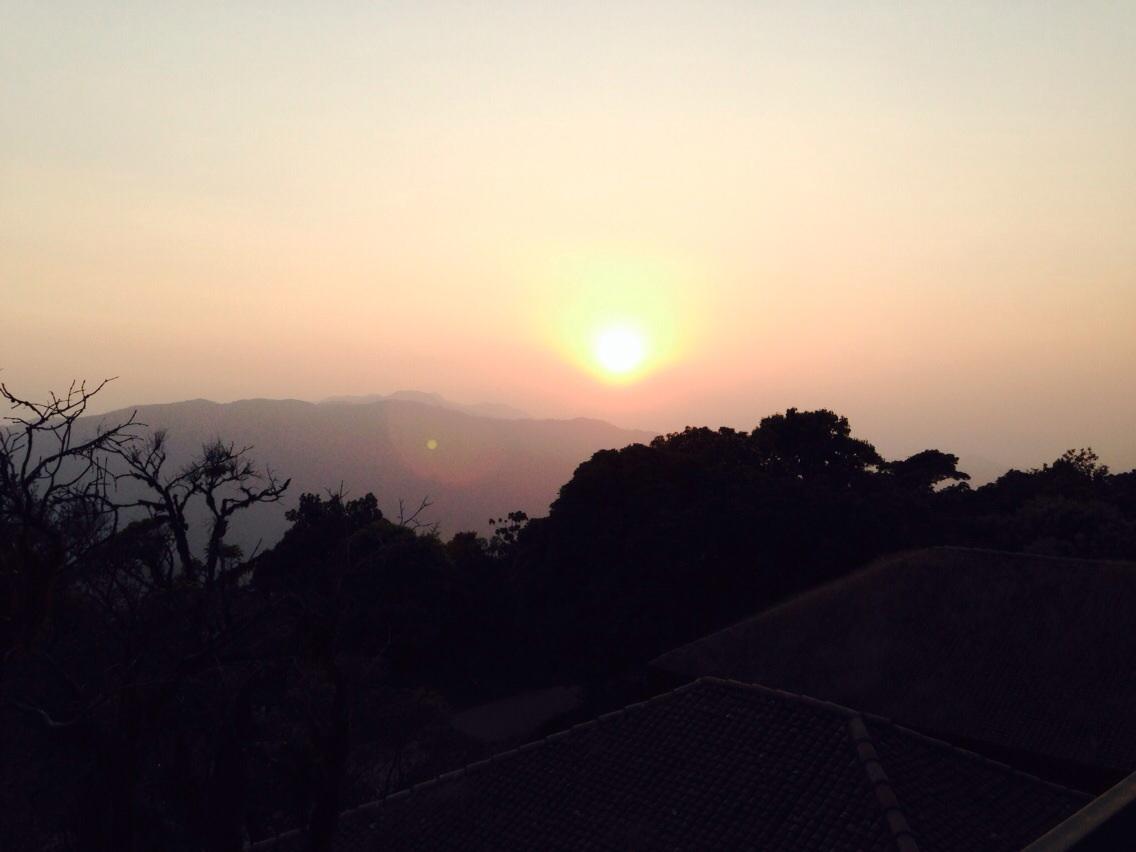 sunset taj madikeri, coorg, jiva grand spa, madekari, taj madekari, Vivanta Taj, yakhani sorba