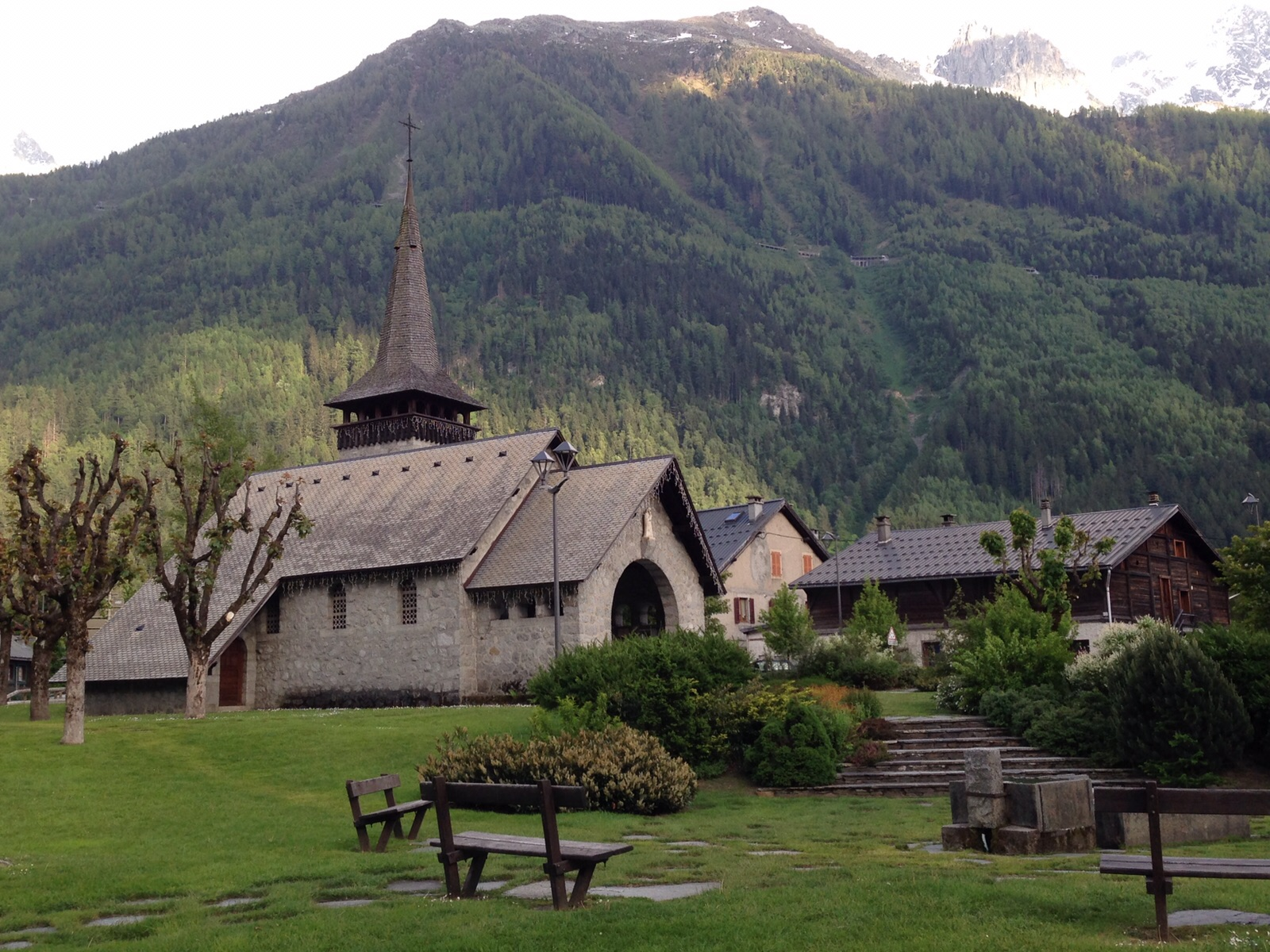church in chamonix