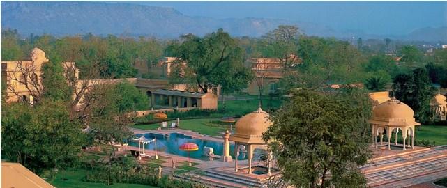 the Oberoi RajVilas, jaipur, naila fort, Oberoi RajVilas, puppets, rajasthani