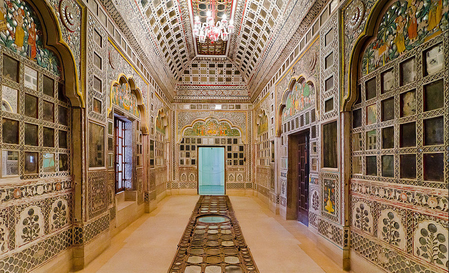 Sheesh Mahal, jaipur, naila fort, Oberoi RajVilas, puppets, rajasthani