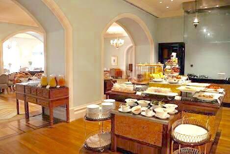 taj sea lounge breakfast, hotel taj, taj mahal, indulgence at the taj mahal, mumbai