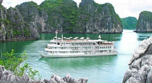 halong bay cruise - vietnam