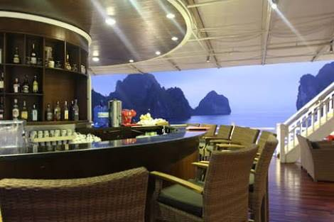 bar halong cruise