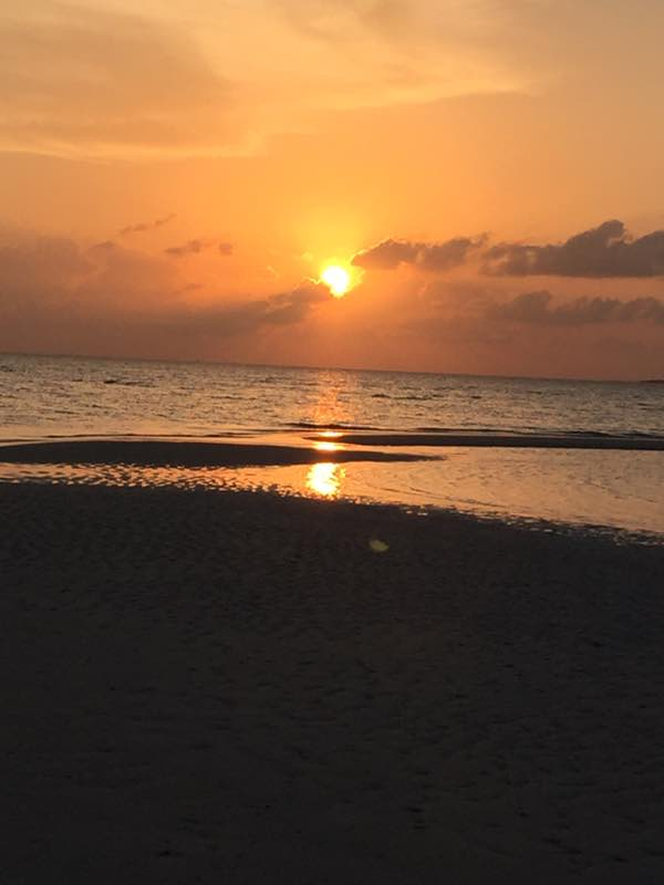 sunset medhufaru island