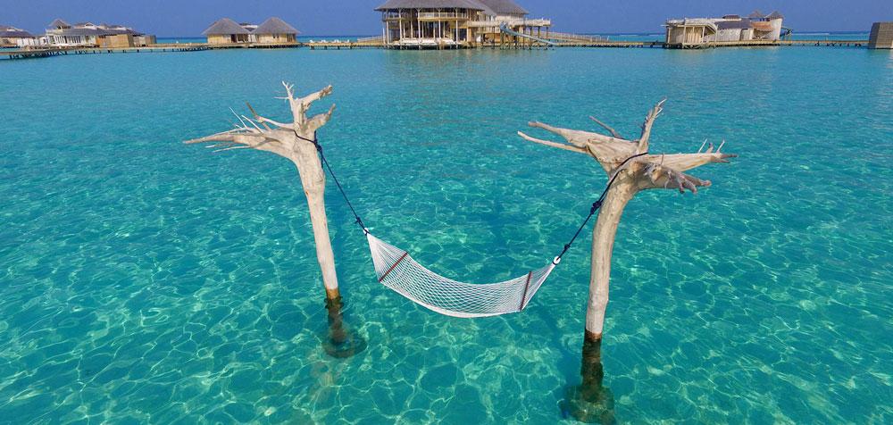hammock soneva jani, blue lagoon, cinema paradiso cinema, medhufaru island, mike dalley, so starstuck, soneva jani, the gathering, will smith