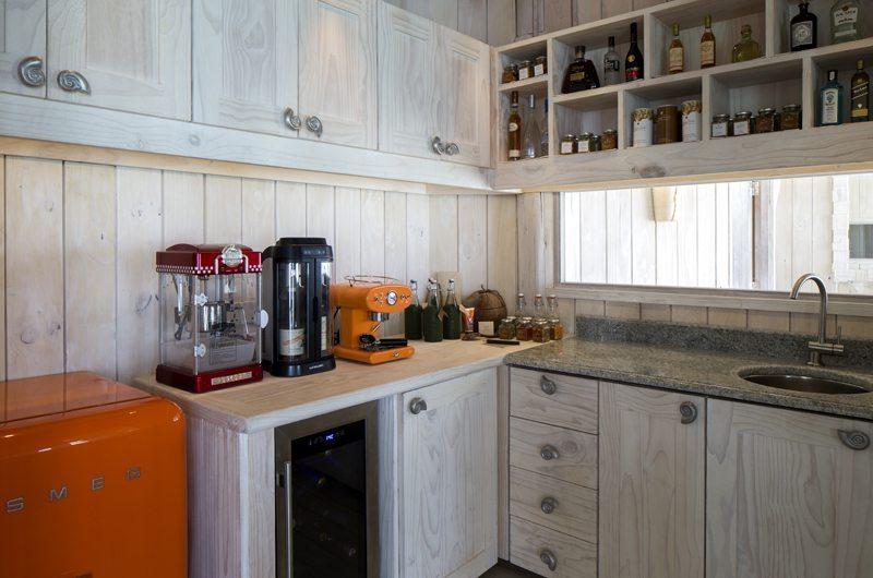 kitchen soneva jani villa