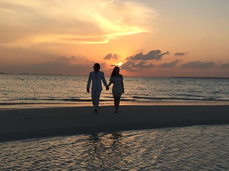 sunset noonu atoll