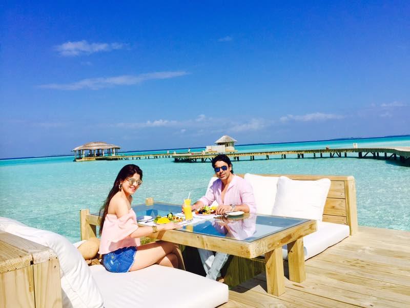 breakfast at the gathering, blue lagoon, cinema paradiso cinema, medhufaru island, mike dalley, so starstuck, soneva jani, the gathering, will smith