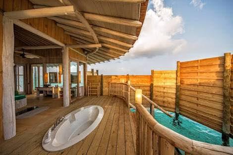 soneva jani shower, blue lagoon, cinema paradiso cinema, medhufaru island, mike dalley, so starstuck, soneva jani, the gathering, will smith