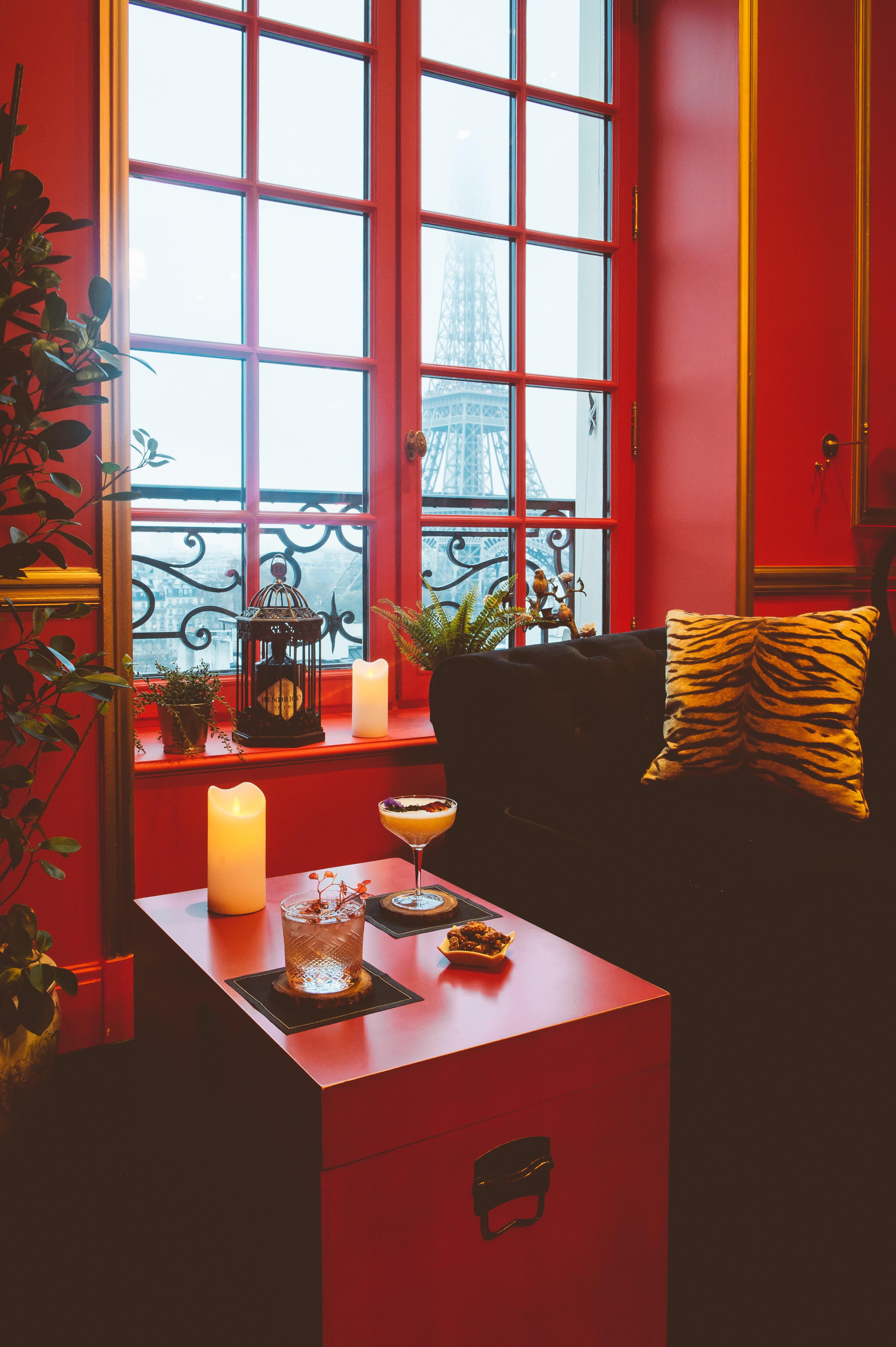 luxury hotel in Paris, Pop-up Bar at the Shangri-la Hotel, shangri la hotel, shangri la paris, shangri la hotel paris,