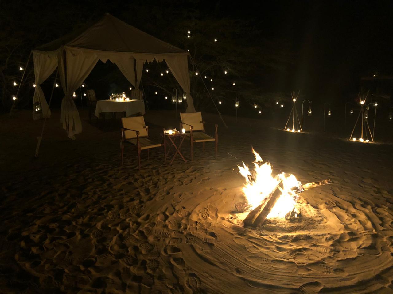 camp fire at Serai, Dinner at Serai, serai sujan jaisalmer, sujan the serai jaisalmer, the serai jaisalmer, The Serai Sujan,